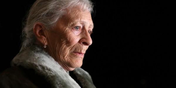 Vieillir dans la dignité – Précarité accrue des femmes en Belgique